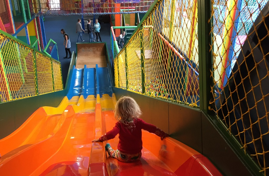 things to do on a rainy day in cornwall - kidz world cornwall